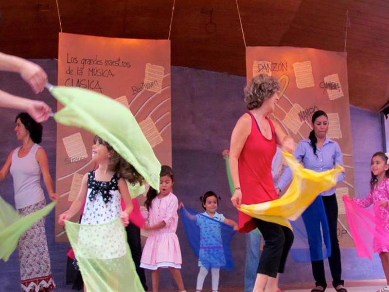 Clases de música en Colegio Montessori tierra de Niños Cuernavaca