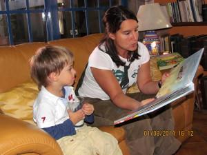 La magia decontarle un cuento a los niños, es mas que magia!