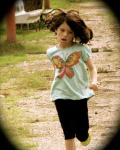 Olivia...corre.