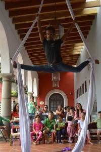 Su flexibilidad es increíble!