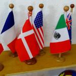 Algunas banderitas para conectarlos con el mundo global.